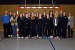 Neue Trainingsanzüge für die Handballjugend